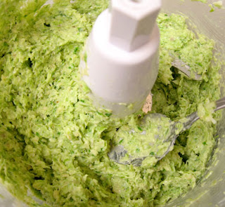 green garlic pesto, adapted from Laura Rebecca's Kitchen
