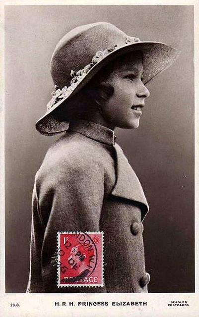 queen elizabeth 2 young. Young+queen+elizabeth+11