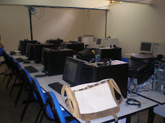 Sala de tecnologia da Escola Sílvio Ferreira