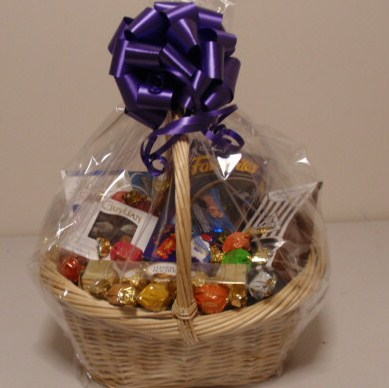 All things christmas 2017 christmas hampers nigeria a heaven for chocoholics product chocolate hamper solutioingenieria Image collections