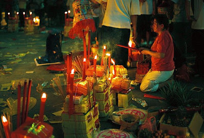 Singapore Ghost Picture on Our Life In Singapore  Hungry Ghost Festival   10 Aug   7 Sep 2010