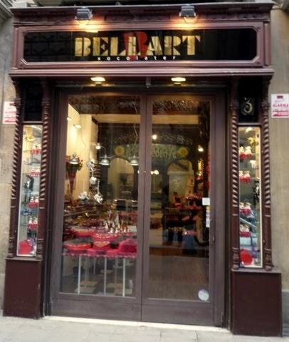 El observador solitario tiendas con encanto en barcelona for Vaciado de locales en barcelona