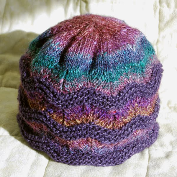a good yarn: A poll and free store patterns
