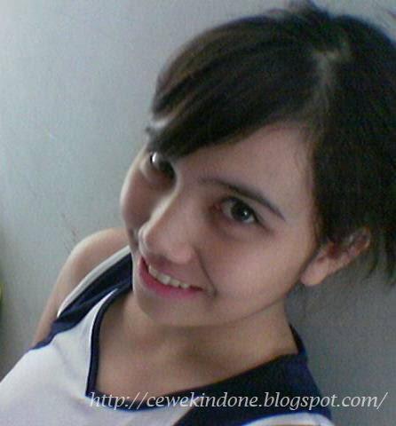 Gadis Cantik Suka Bugil