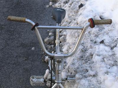 1991 redline 320 bmx bike - front view of handlebars and stem