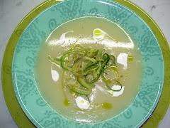 Crema di patate alle zucchine croccanti