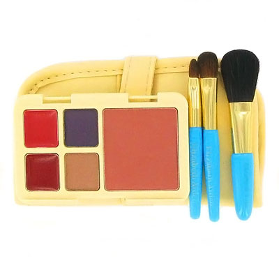 elizabeth arden makeup brushes. Elizabeth Arden Compact Color