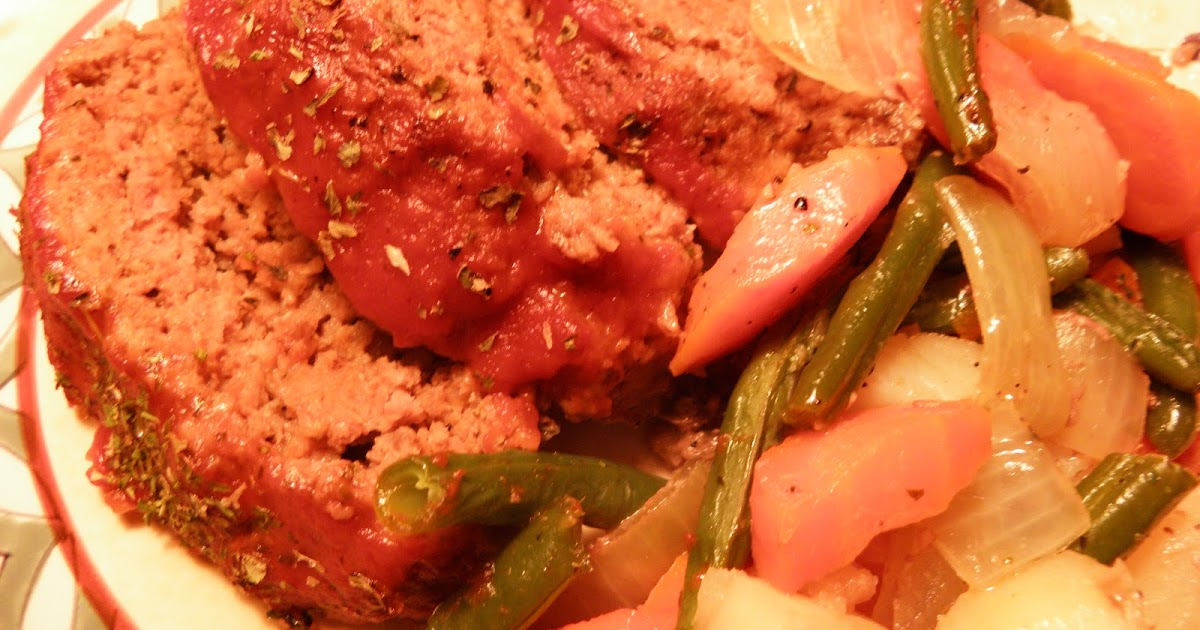 ... Cozy Little Kitchen: Sweater Weather Meat Loaf with Roasted Vegetables