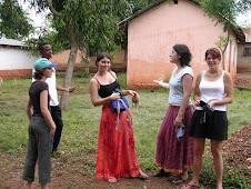 Des Bénévoles aux Services des Actions Humanitaires