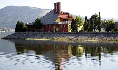 restaurantul pescarus