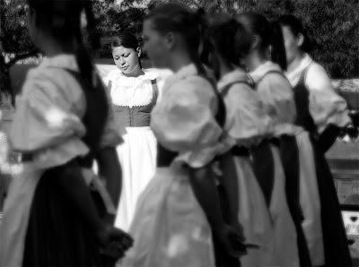 dansuri traditionale