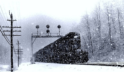 peisaj de iarna tren zapada padure