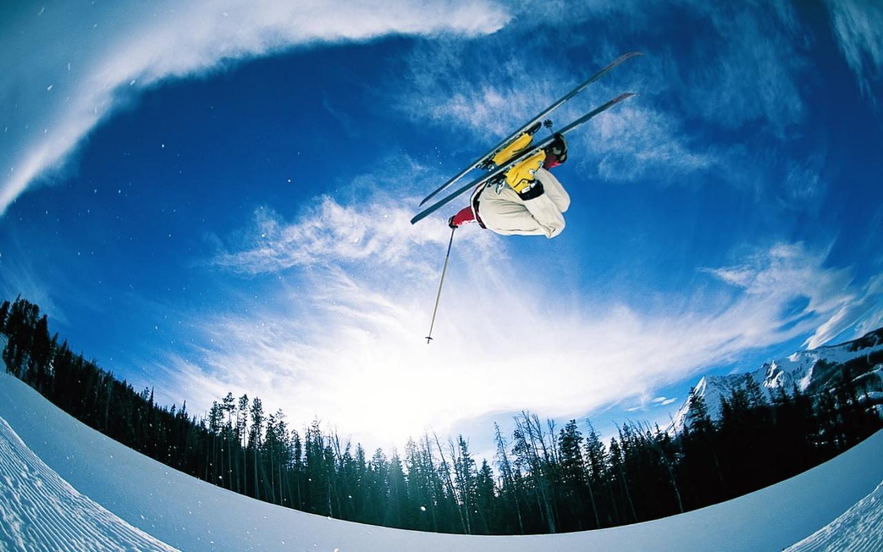 http://4.bp.blogspot.com/_oCEA7DBXyqs/TQDqtvpzjwI/AAAAAAAAD9s/TOXMNWakn3w/s1600/ski_jump-1280x800.jpg
