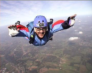 http://4.bp.blogspot.com/_oCQNykJzXjw/SDuiYjzUgDI/AAAAAAAAAi0/mtFRT6xG4FY/skydiver.JPG