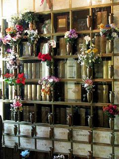 columbarium hanging vase