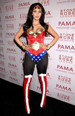 Kardashian  Woman Costume on Kim Kardashian Wonder Woman Hot Jpg