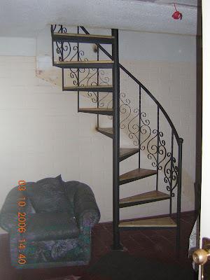 La escalera de caracol 1945 labshelper - La escalera de caracol ...