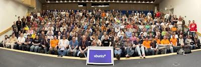 История Ubuntu Group-shot-smaller
