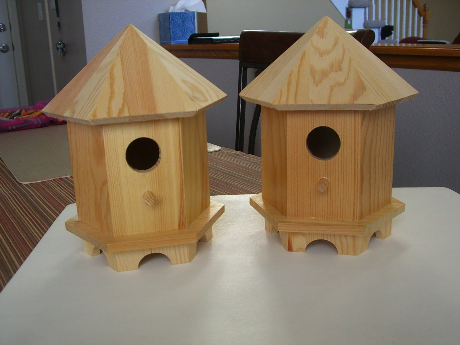 Home confetti diy crackled birdhouse for Diy bird house