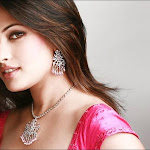 Riya Sen Stunning look for Agni Gold Jewellery