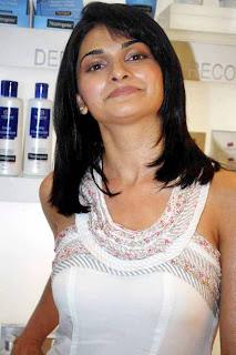 Prachi Desai at Neutrogena Anniversary Event
