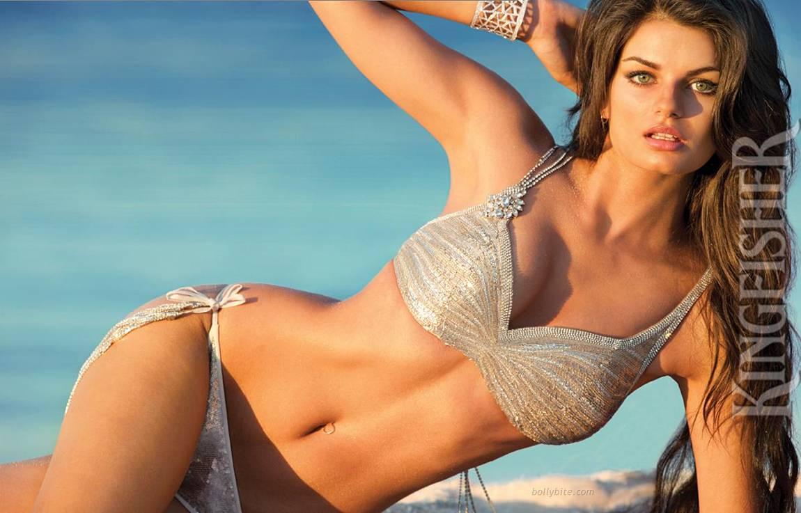 2011 hotstillsindia  number 1 hot celebrity entertainment website