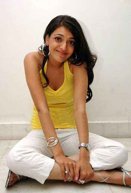 Kajal Agarwal | Gorgeous in Yellow Top
