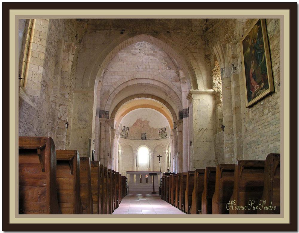 Intérieur de l'Eglise de Mornac Sur Seudre