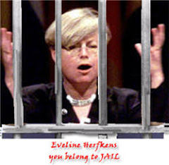 Eveline Herfkens belongs to Jail - she should return imemdiately Dutch Taxpayers money.
