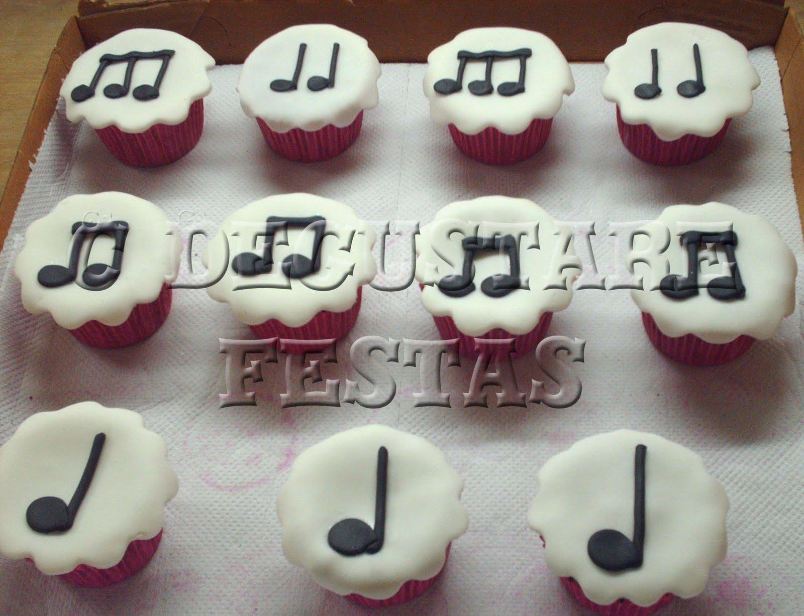 decoracao festa notas musicais:Degustare Festas: Cupcakes Notas Musicais