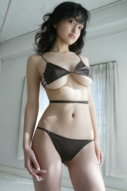 Sexy Bikini Japanese - Reon Kadena