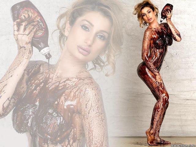 Negar Khan Hot Bollywood Babes
