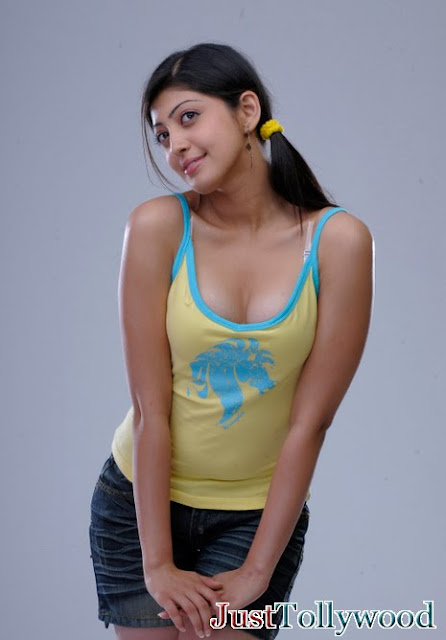 Praneetha Beauty Indian Actress