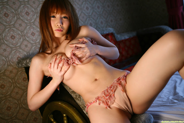 Hot Japanese Babe Lyo Hanaki