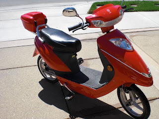 SCOOT2 electra voy 88911 phantom iv electric scooter homepage january 2008 Basic Electrical Wiring Diagrams at alyssarenee.co