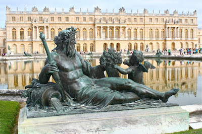 Bronze-Sculptute-of-la-Seine-Gardens-of-Chateau-de-Versailles-Palace-of-Versailles-France-travel