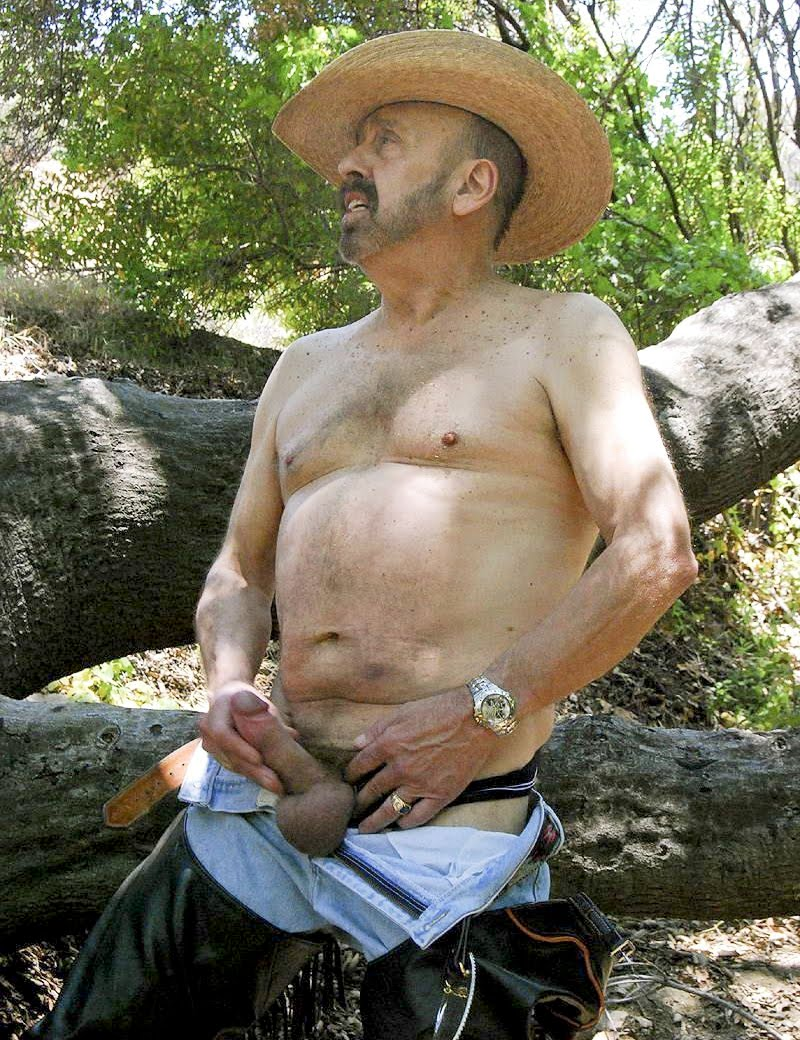 abuelos arabes desnudos