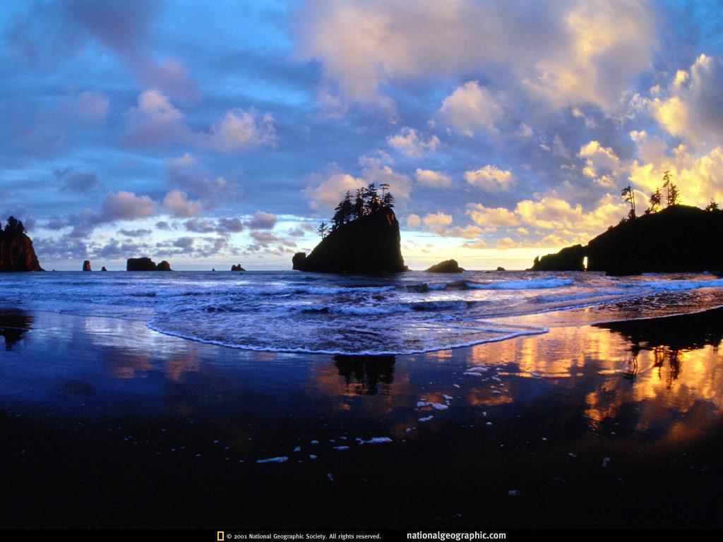 http://4.bp.blogspot.com/_oLxAw7PJfU0/THjI55Y-6RI/AAAAAAAAIEU/HyCBeAX2y1w/s1600/National+Geographic+Wallpapers+2001+c.jpg