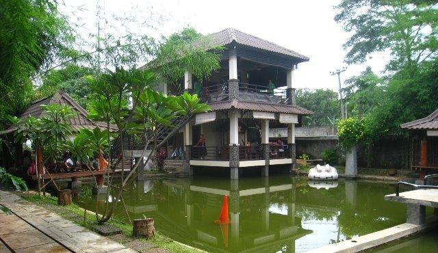 Saung Apung