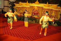 Tarian Adat Melayu