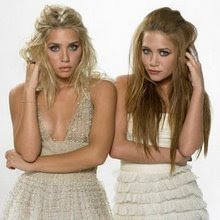 So cute twins ♥