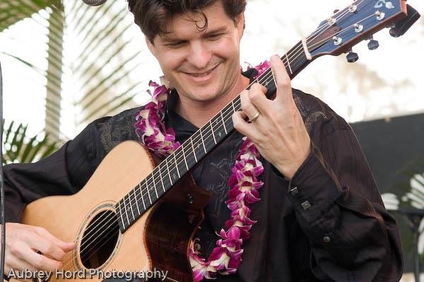 Makana musician  Wikipedia