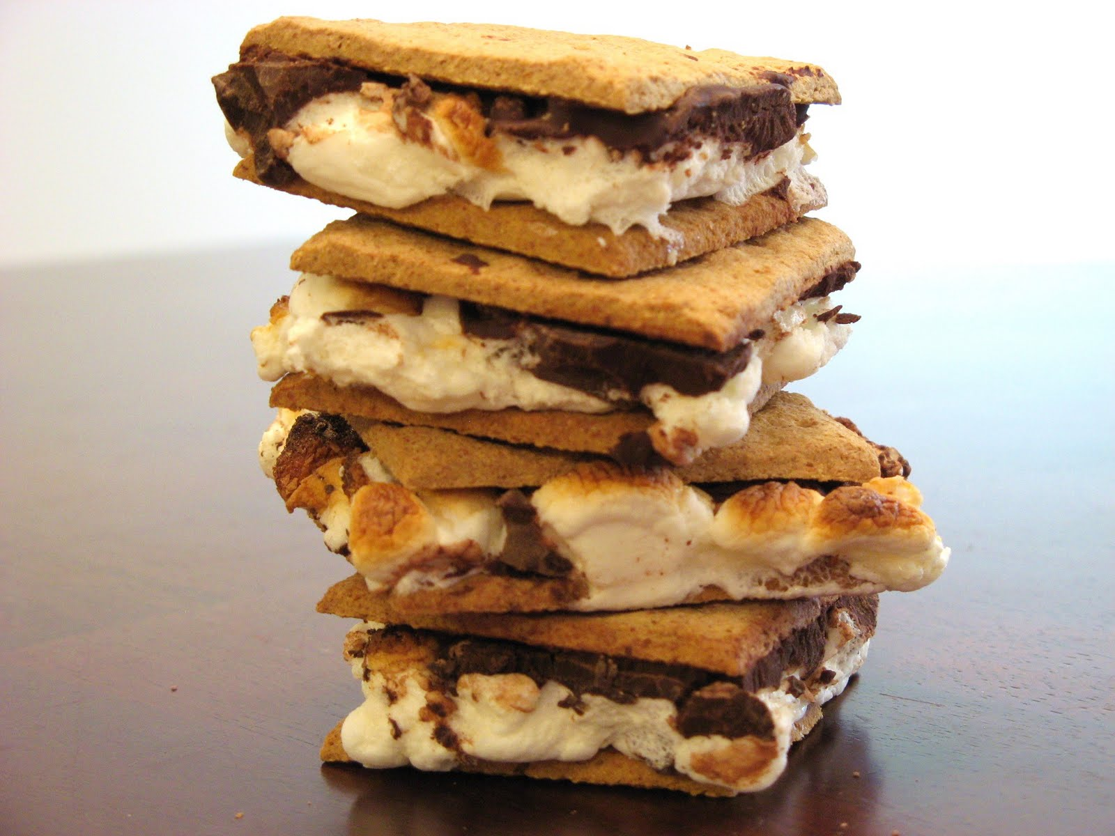 The Well-Fed Newlyweds: S'mores Cookies