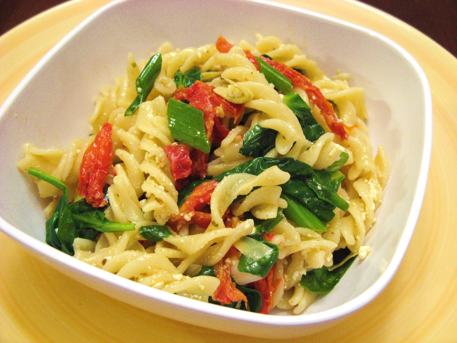 Pasta with Artichokes, Sun Dried Tomatoes, and Spinach