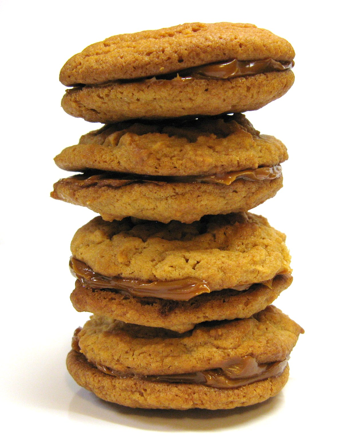 The Well-Fed Newlyweds: Dulce de Leche Sandwich Cookies