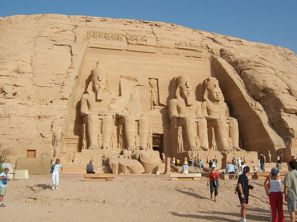 [Abu Simbel Egipto.jpg]