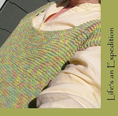 """Top Knitting Pattern in Garter St in DROPS """"Lin"""" – FREE Knitting"""