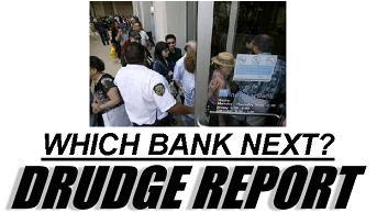 IndyMac depositors line up for cash after seizure by FDIC