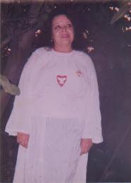 Madrecita Laura Antonia