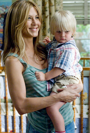 Jennifer Aniston Children image